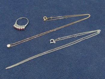 金・プラチナ 指輪やネックレス
