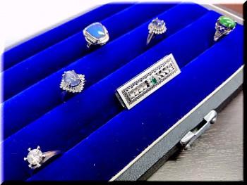 ダイヤモンド・サファイヤ・ブラックオパール・エメラルド・翡翠のジュエリーを高価買取させて頂きました!