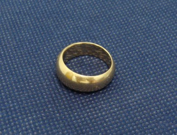 18金の指輪 古いものでも壊れていても大丈夫です!