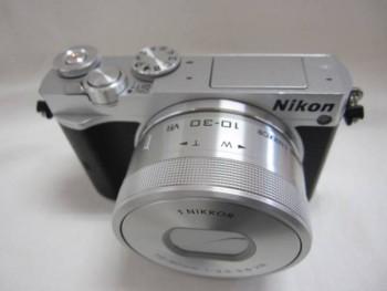 Nikon ニコン Nikon 1 J5 本体 シルバー 10-30mm ズームレンズ
