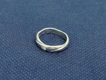 貴金属買取 ゆがんだ指輪 プラチナリング