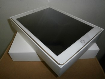 iPad 32GB ゴールド【請西店】