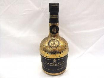 クルボアジェ ナポレオン インペリアルゴールド 金ボトル