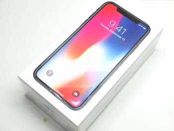 docomo iPhone X 256GB スペースグレイ 新品 △判定