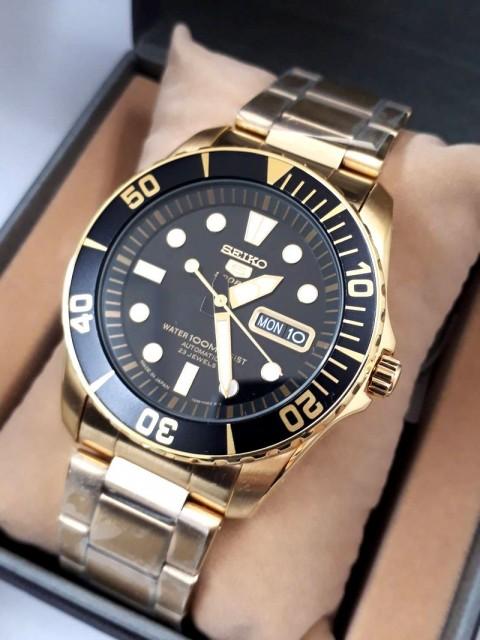 セイコー SEIKO5 セイコー5 スポーツ SNZF22J1 腕時計