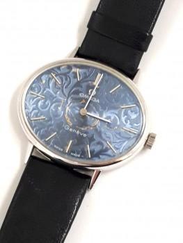 OMEGA オメガ ジュネーブ 唐草青文字盤 手巻 腕時計